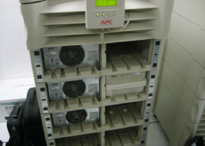 成都市公安局站前分局施耐德APC UPS电源